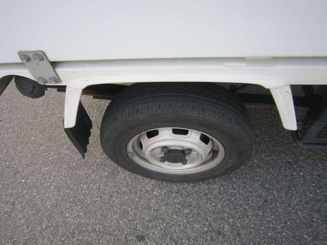 ダイハツ ハイゼットトラック 冷凍冷蔵車 4WD 5速MT Tベル交換済み