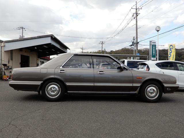 「日産」「セドリック」「セダン」「岡山県」の中古車33