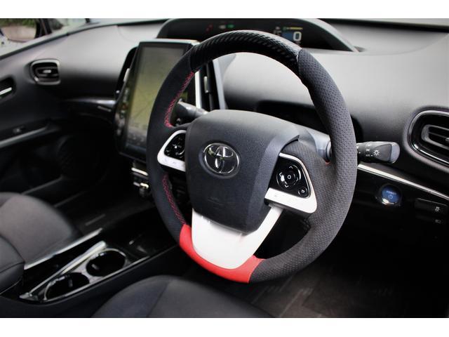 純正ステアリング巻き替え加工 PVCカーボン・パンチングアルカンターラ・レッドレザー・ヨーロピアンステッチ