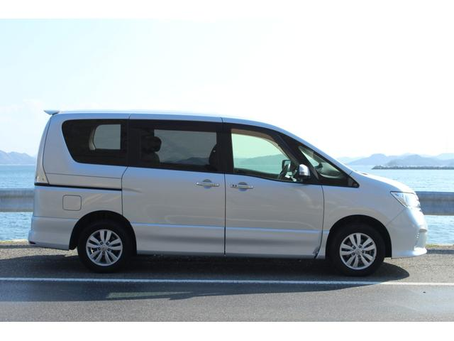 「日産」「セレナ」「ミニバン・ワンボックス」「岡山県」の中古車4