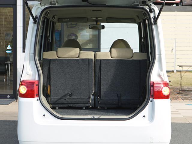 広い荷物スペースです☆シートアレンジで更に大きな荷物を積むことだって可能です!!