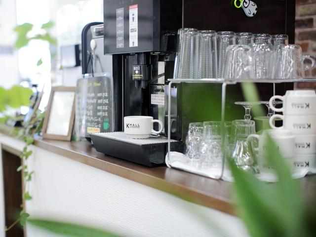 有名カフェ店にプロデュースしていただいた自慢のコーヒーを是非!豆はこだわり京都からお取寄せ♪季節のジュースもご用意しております!