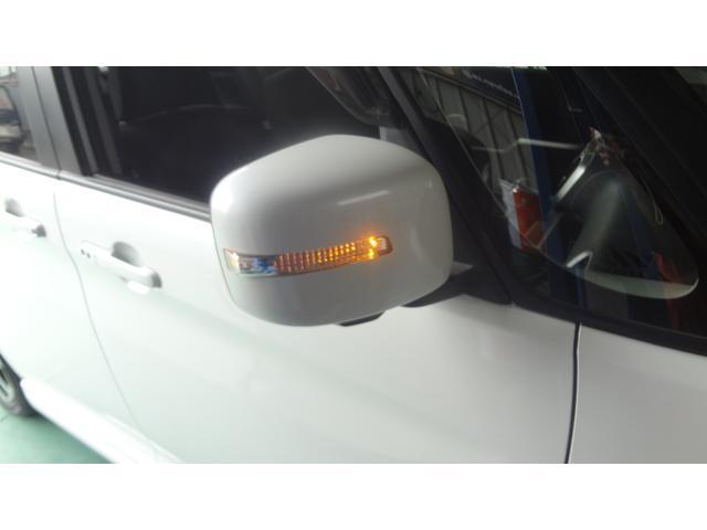 LEDドアミラーターンランプ☆お洒落なデザインだけでなく、車外からの視認性が高く安全面でも優れています♪