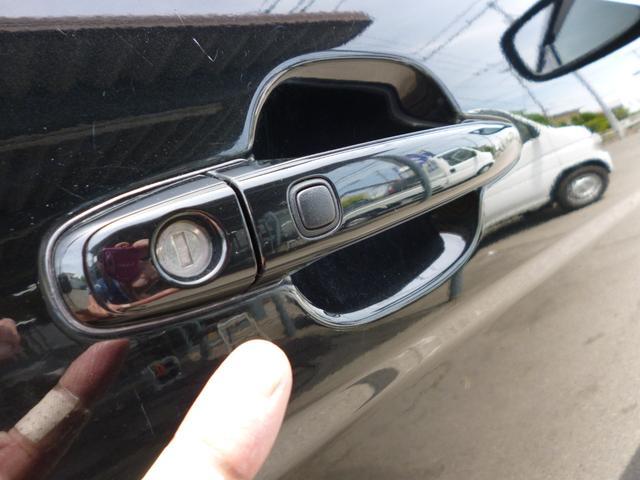 プラタナ 純正HDDナビ バックカメラ 左側パワースライドドア スマートドアロック ローダウン 車外グリル 18インチAW タイミングチェーン(12枚目)
