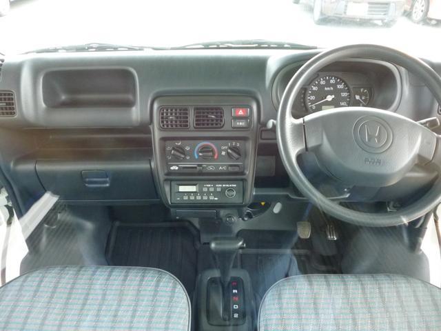 SDX エアコン・パワステ・運転席エアバッグ・ABS・荷台マット・荷台作業灯・ガードパイプ付トリイ・三方開・ドアバイザー・ラバーマット(11枚目)