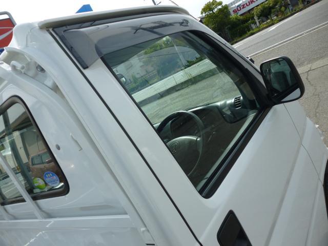 SDX エアコン・パワステ・運転席エアバッグ・ABS・荷台マット・荷台作業灯・ガードパイプ付トリイ・三方開・ドアバイザー・ラバーマット(22枚目)