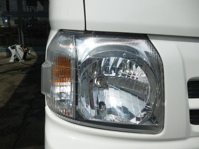 SDX エアコン・パワステ・運転席エアバッグ・ABS・荷台マット・荷台作業灯・ガードパイプ付トリイ・三方開・ドアバイザー・ラバーマット(39枚目)
