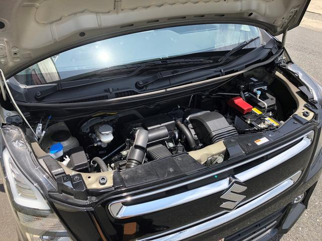 いつも通りの運転をするだけで、自動的に電気が貯まり、モーターによるアシストでガソリンの消費を抑えてくれるマイルドハイブリッド搭載です!パワフルで賢いハイブリッドが、毎日のドライブを後押しします!