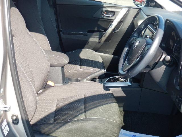 トヨタ オーリス 150X Cパッケージ 禁煙車 バックモニター