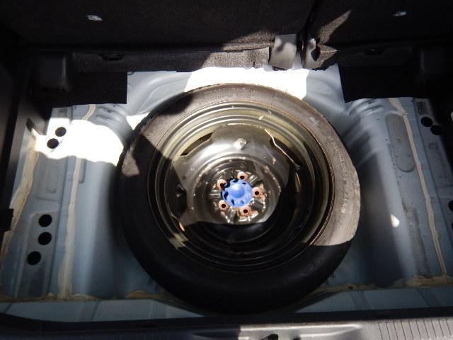 トヨタ イスト 150X Cパッケージ 禁煙車 ワンセグナビ