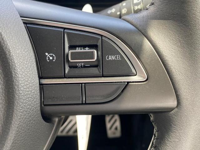 XC 駆動4WDアルミホイールヘッドランプLEDパワーウインドウエンジンスタートボタンキーレスエントリーオートエアコンシートヒーター 前席2列目シート形状分割可倒パワーステアリング(11枚目)