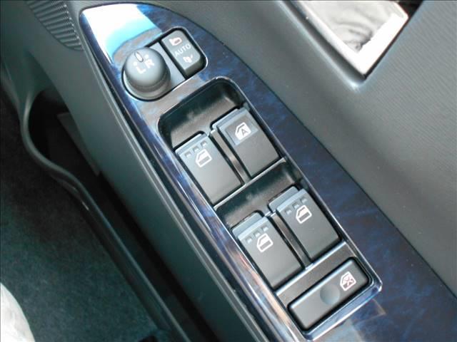 ダイハツ タント カスタムX トップエディションSAIII LEDオートライト