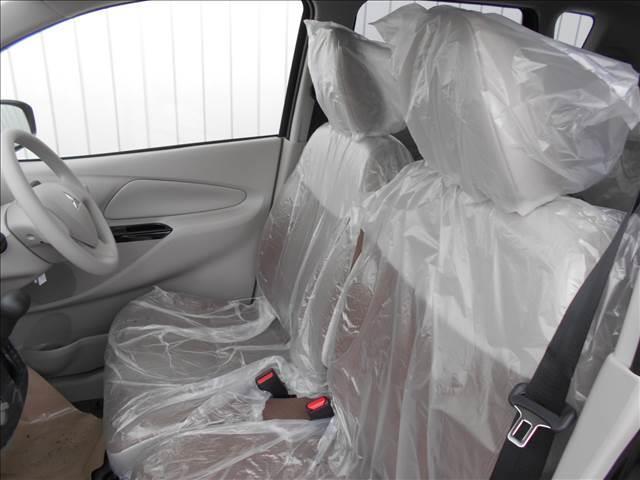 E 届出済未使用車 Wエアバック 電格ドアミラー 横滑り防止(7枚目)