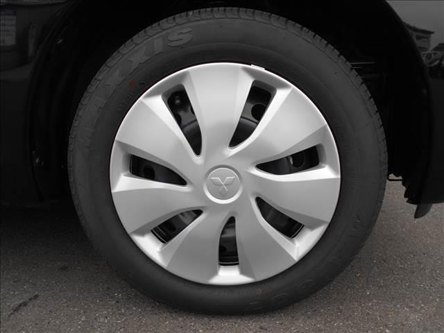 E 届出済未使用車 Wエアバック 電格ドアミラー 横滑り防止(9枚目)