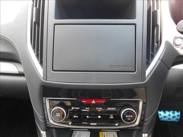 プレミアム 4WD 登録済み未使用車 アイサイトセイフティ+(4枚目)