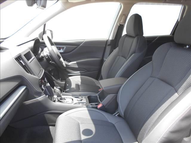 プレミアム 4WD 登録済み未使用車 アイサイトセイフティ+(7枚目)