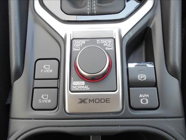 プレミアム 4WD 登録済み未使用車 アイサイトセイフティ+(17枚目)