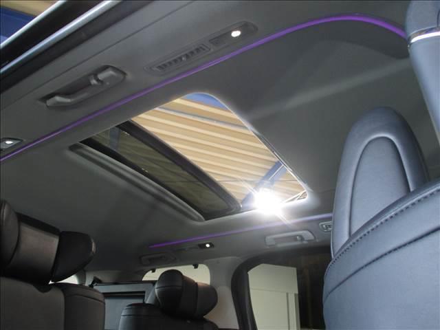 黒レザーシート・シートメモリー・エアシート・トヨタセーフティセンス・両側Pスライドドア・Pバックドア・三眼LEDオートライト・シーケンシャルウインカーなど嬉しい装備が満載です♪