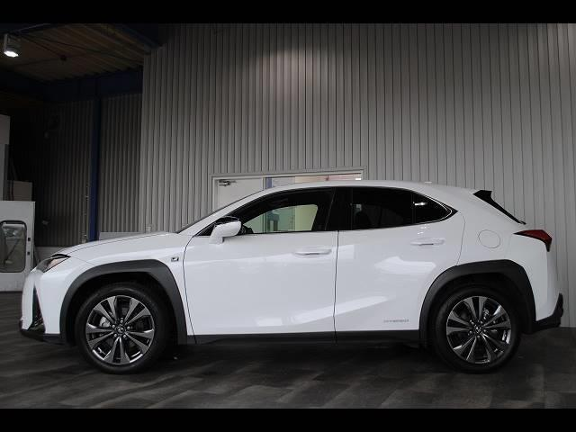 「レクサス」「UX」「SUV・クロカン」「岡山県」の中古車51