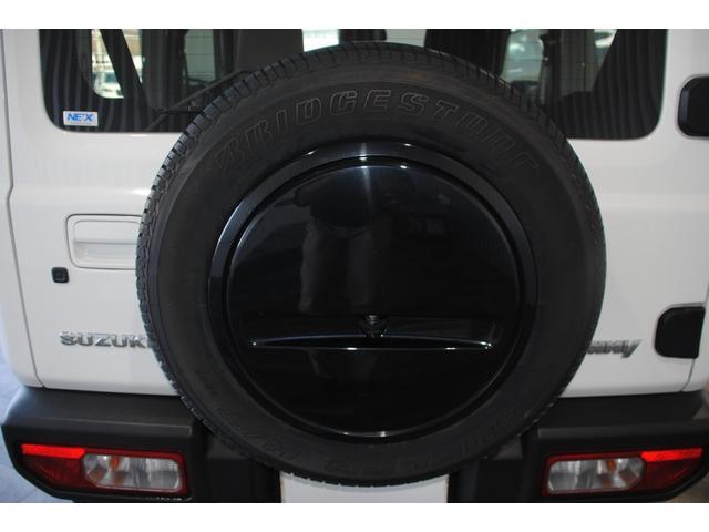 背面タイヤも未使用で備わっております!