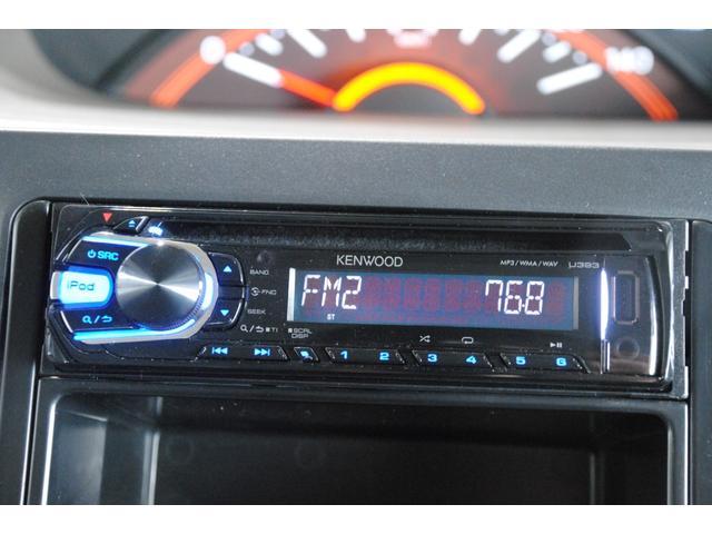 社外CDオーディオ装備でお好きなCDを聴きながらドライブ出来ます!