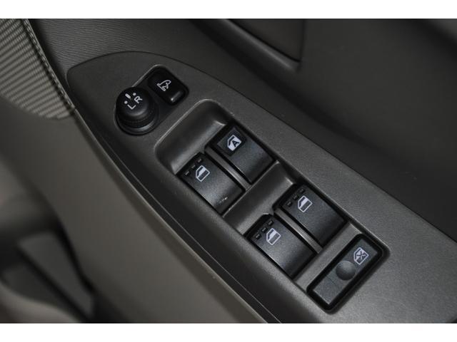 全席パワーウィンドウや電格ドアミラー等快適装備も充実です!