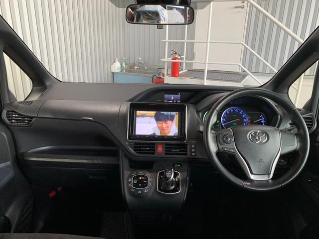 ハイブリッドG ワンオーナー 純正9インチSDナビ フルセグ 走行中OK DVD Bluetooth SD録音 バックモニター リアフリップダウンモニター トヨタセーフティセンス レーンキープ 両側電動スライドドア(7枚目)