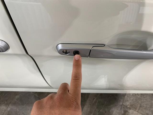 カスタムG S ワンオーナー 純正9インチSDナビ フルセグ 走行中OK DVD Bluetooth SD録音 両側電動 LEDオートライト ビルトインETC 前席シートヒーター クルコン 本革巻ステア スマアシ2(44枚目)