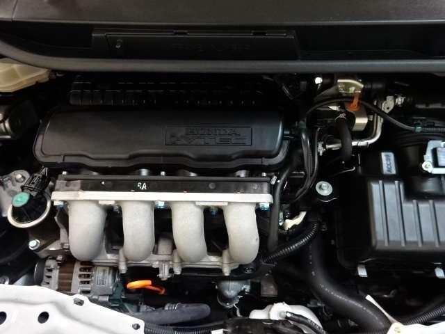 【エンジン】車の心臓部!エンジンルームも心を込めて仕上げてチェック済み