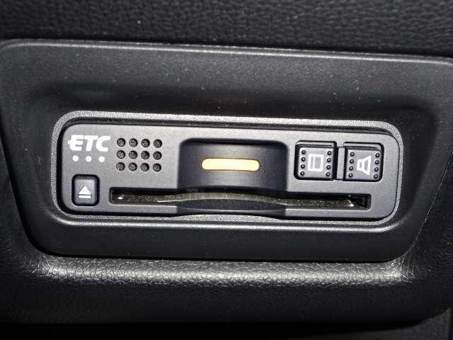 スパーダ・クールスピリット ホンダセンシング ワンオーナー ナビ リヤカメラ 両電動ドア 両側電動ドア ワンオーナー リアカメ メモリーナビ 衝突軽減B ETC シートヒーター LED ナビTV フルセグ スマートキー サイドSRS CD ターボ(19枚目)