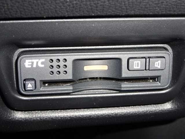 スパーダ・クールスピリット ホンダセンシング ワンオーナー 社外ナビ リヤカメラ LED 両側電動ドア ワンオーナー リアカメ メモリーナビ 衝突軽減B ETC シートヒーター LED ナビTV フルセグ スマートキー サイドSRS CD ターボ(14枚目)