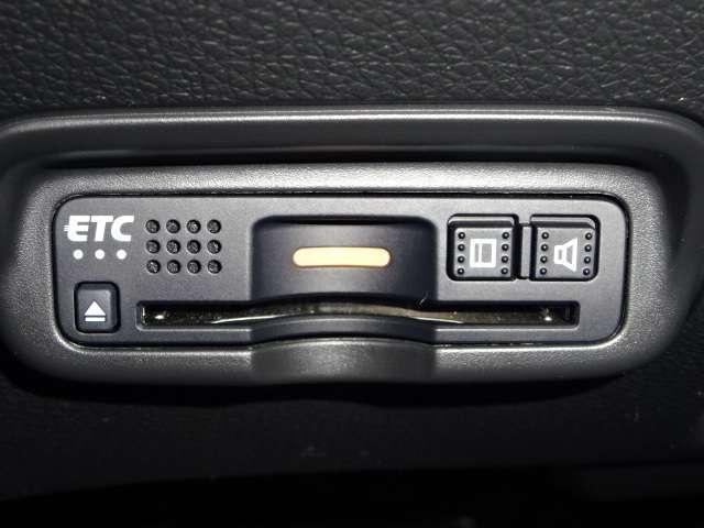 ハイブリッドX・ホンダセンシング 当社デモカー ナビ リヤカメラ LED リヤカメラ クルコン ETC 禁煙車 ナビTV アルミ スマートキー DVD サポカー フルセ メモリナビ ワンオ-ナ- CD LEDヘ アイドリングストップ(14枚目)