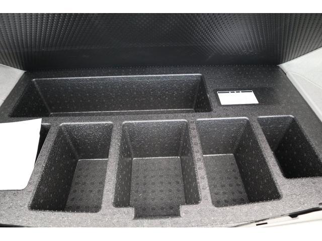 L ZVW30 走行5.1万キロ 新品ナビテレビ装着 リアカメラ 新品補機バッテリー交換 スマートキー二個 ETC(18枚目)