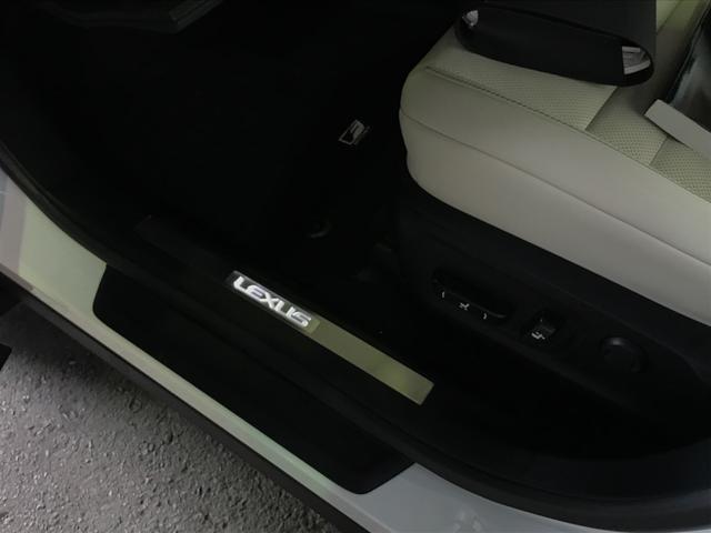「レクサス」「RX」「SUV・クロカン」「岡山県」の中古車68