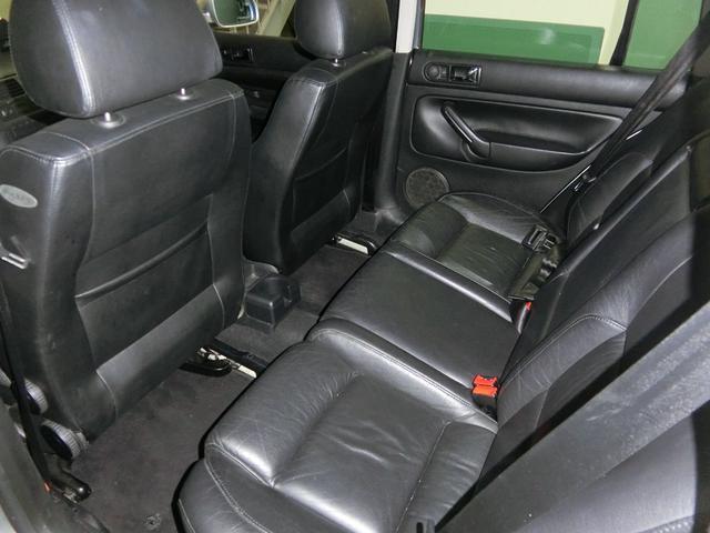 フォルクスワーゲン VW ゴルフワゴン GT ターボ 外19AW車高調 USテール 黒本革HDDナビ