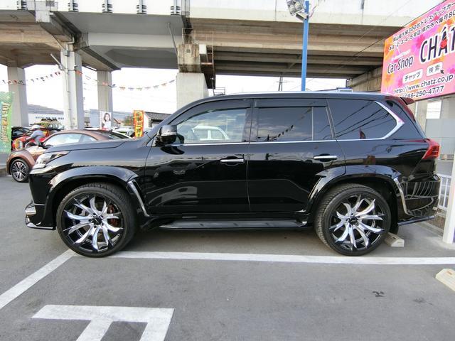 LX570 4WD SR本革ナビ WALDエアロAWマフラー(5枚目)