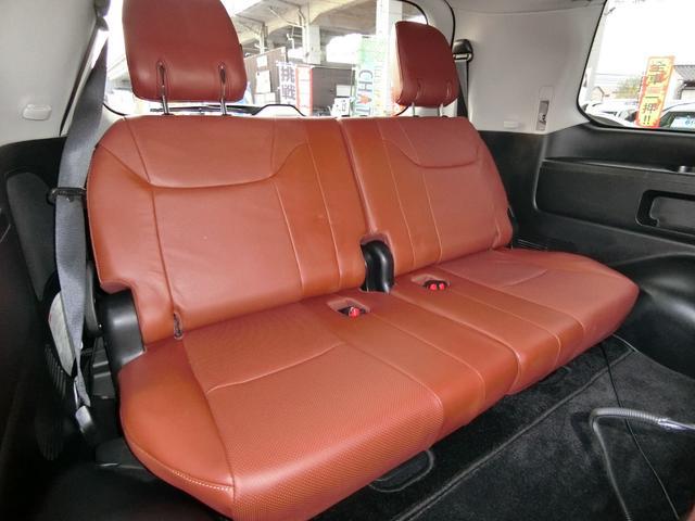 LX570 4WD SR本革ナビ WALDエアロAWマフラー(10枚目)