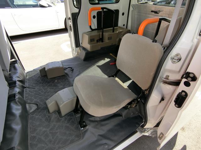 車いす移動車 8ナンバー登録 フル装備 ABS キーレス(14枚目)