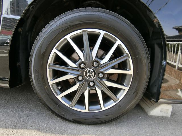 純正16インチAWです!タイヤは5分山くらいです。