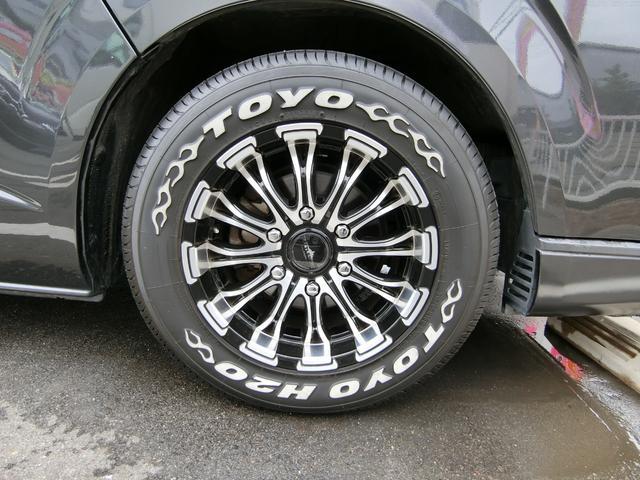 BAOX16インチAWです!このお車によく似合っていますね!タイヤは5分山くらいです。