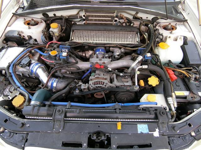 2.0XT ターボ4WD エアロAW車高調 外マフラー半本革(20枚目)