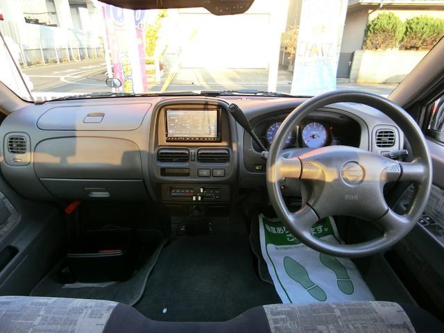 「日産」「ダットサン」「SUV・クロカン」「岡山県」の中古車13