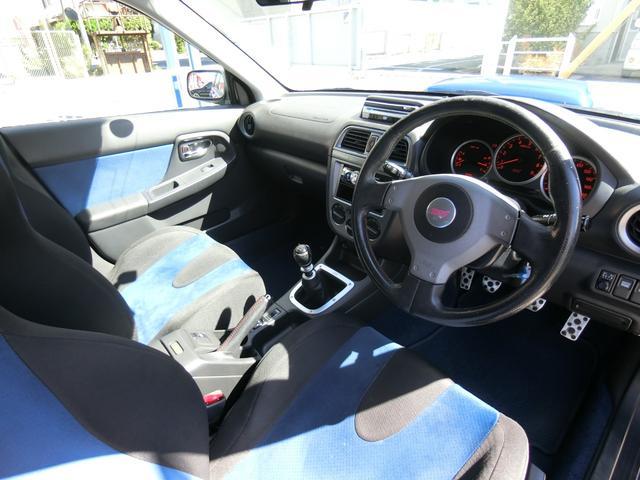 WRX STi 6MT ターボ 4WD エアロ 純正17AW ローダウン HID キーレス CD 盗難防止 記録簿H23からH31 ETC タイミングベルト交換済(11枚目)