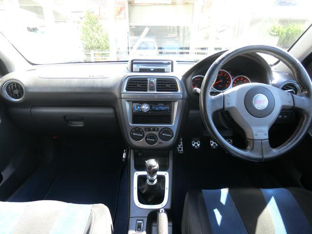 WRX STi 6MT ターボ 4WD エアロ 純正17AW ローダウン HID キーレス CD 盗難防止 記録簿H23からH31 ETC タイミングベルト交換済(12枚目)