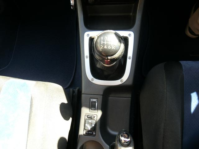 WRX STi 6MT ターボ 4WD エアロ 純正17AW ローダウン HID キーレス CD 盗難防止 記録簿H23からH31 ETC タイミングベルト交換済(14枚目)