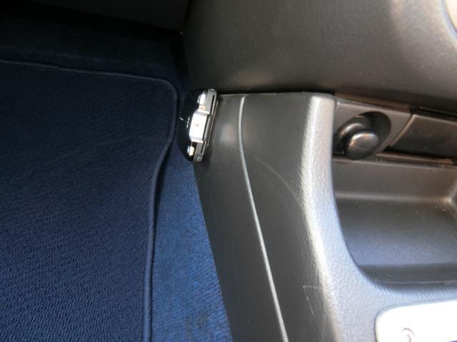 WRX STi 6MT ターボ 4WD エアロ 純正17AW ローダウン HID キーレス CD 盗難防止 記録簿H23からH31 ETC タイミングベルト交換済(23枚目)
