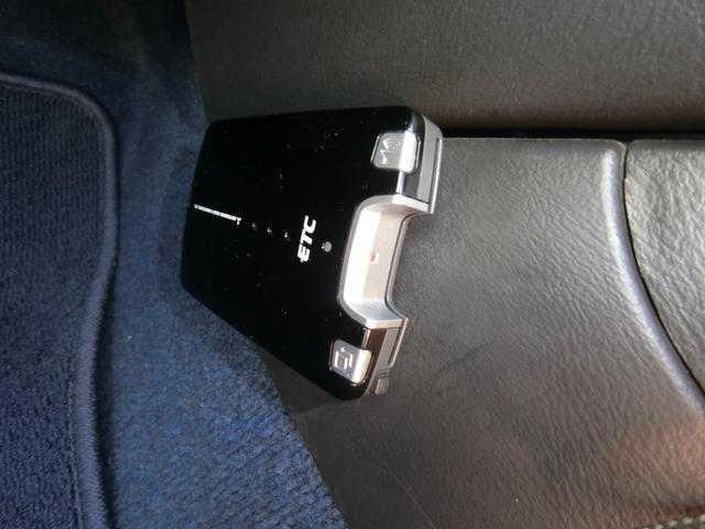 WRX STi 6MT ターボ 4WD エアロ 純正17AW ローダウン HID キーレス CD 盗難防止 記録簿H23からH31 ETC タイミングベルト交換済(24枚目)