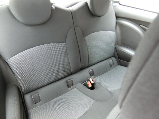 ワン ディーラー車 右ハンドル 純正15AW HID キーレス プッシュスタート CD再生 ETC フル装備 ABS タイミングチェーン式(10枚目)