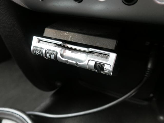 ワン ディーラー車 右ハンドル 純正15AW HID キーレス プッシュスタート CD再生 ETC フル装備 ABS タイミングチェーン式(16枚目)