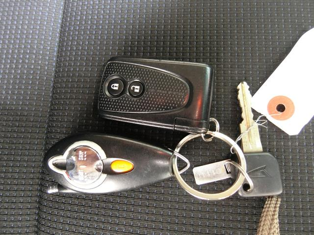 カスタム RS ターボ 4WD メモリーナビTV バックカメラ CD DVD再生 純正15AW HID スマートキー ベンチシート ETC コラムオートマ ベンチシート 車庫保管 半年毎ディーラー整備(16枚目)